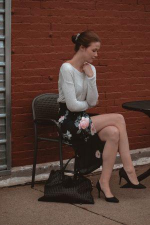 Monochrome Minimalist   Amy Lynn Clothing   London   UK   Workwear   Workwear trends   Floral Midi Skirt
