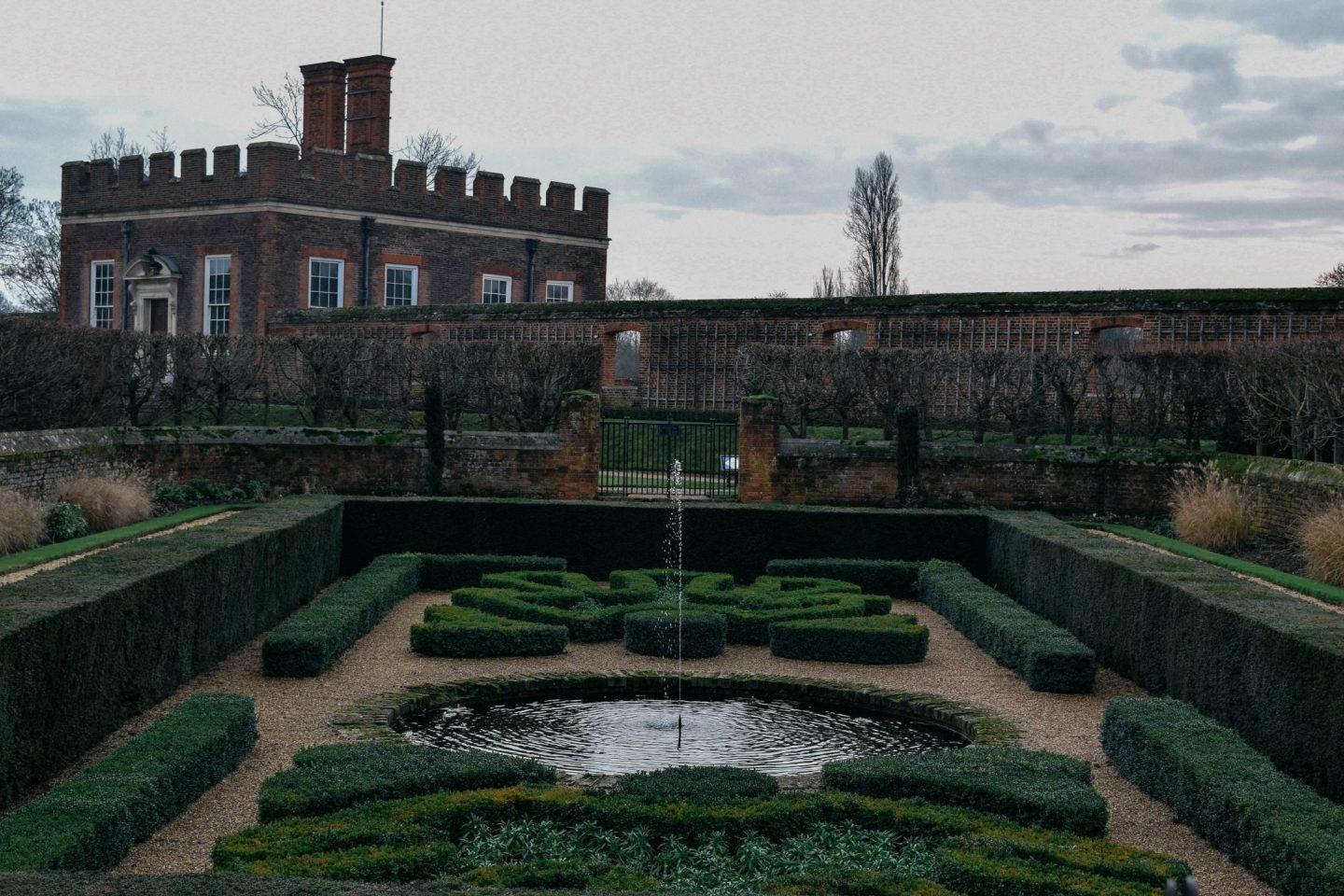 Falling in Love, Surrey, England, All Saints, Hampton Court Palace